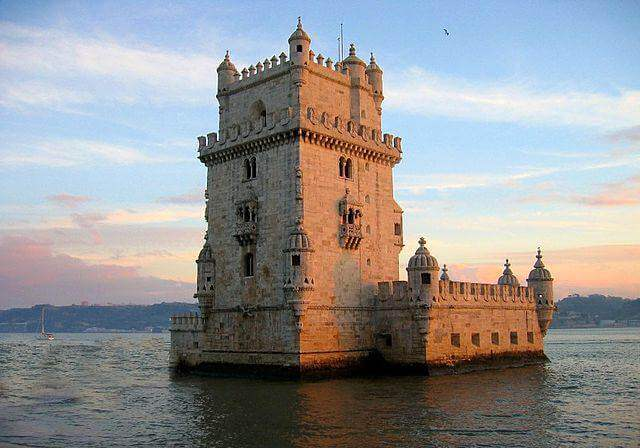 640px-Belem_Tower,_Lisbon,_Portugal-26Dec2003